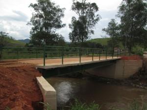 Ponte do Bairro da Pedra Bela.