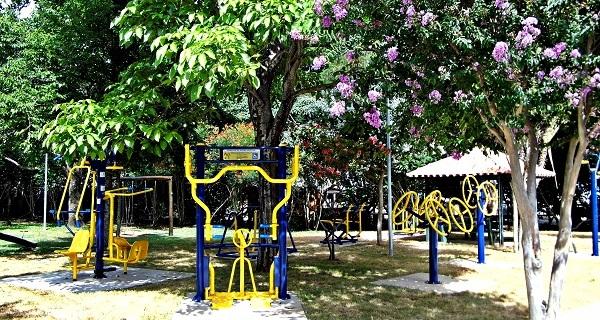 Segunda academia ao ar livre é instalada próxima à Prefeitura
