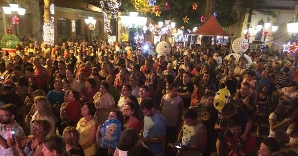 Show da banda Rastapé teve grande público na noite de sábado