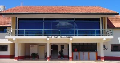 """Sala dos Conselhos """"Vivaldo Lopes Martins"""""""