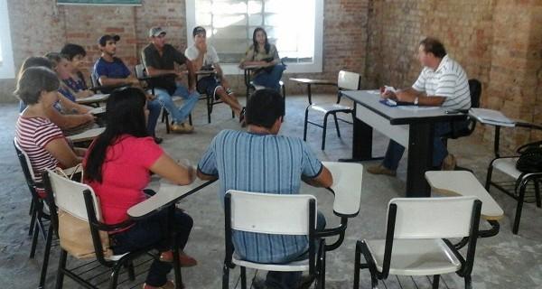 Produtores rurais se reúnem com  Conselho de Alimentação Escolar