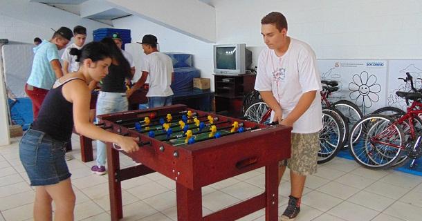 Pebolim é uma das atividades desenvolvidas no Programa Mais Ação e Cidadania