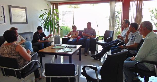 Reunião no gabinete do Centro Administrativo definiu ações de continuidade no combate à dengue