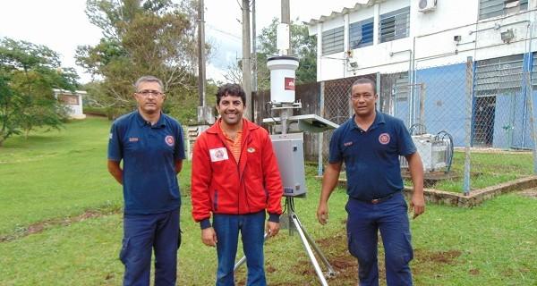 Socorro recebe instalação de pluviômetro eletrônico