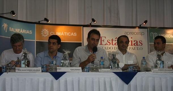 Prefeito André Bozola presidiu reunião ordinária da Aprecesp em Itanhaém
