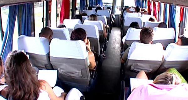 Prefeitura divulga relação de alunos beneficiados com auxílio transporte universitário