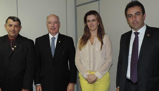 Prefeito visitou Ministérios da Justiça, Saúde e Comunicação para saber do andamento de projetos e emendas para Socorro.
