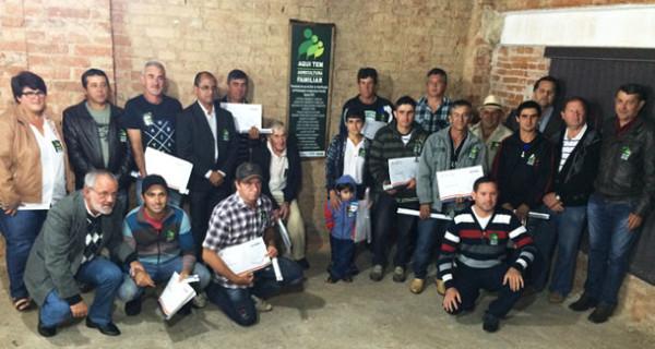 Selo da Agricultura Familiar é entregue a dezesseis produtores