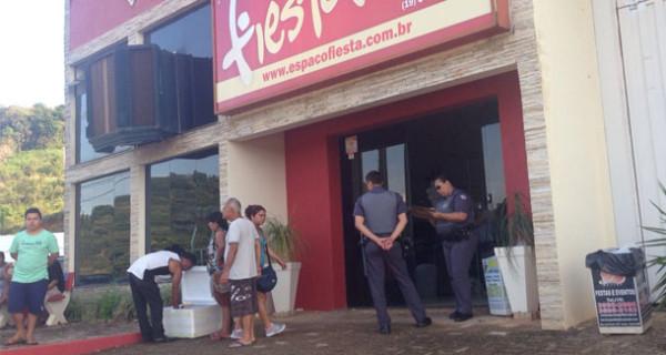 Prefeitura fecha feira ilegal no fim de semana