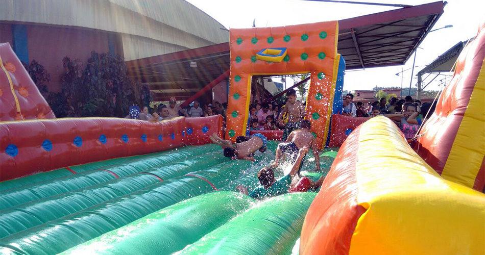 Creche da Vila Palmira celebra Semana da Criança; evento no Recinto reúne centenas de famílias
