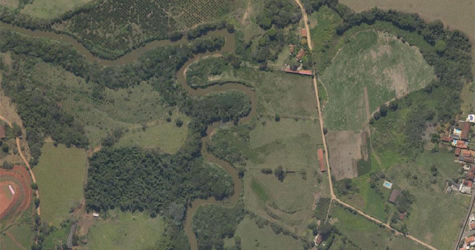 Intervir em terreno com vegetação nativa ou em Área de Preservação Permanente é proibido por Lei Federal