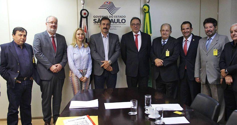Prefeito se reúne com novo secretário de Logística e Transportes e cobra duplicação da SP-08