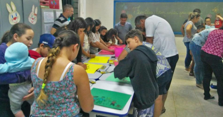 """Escola do Campo realiza projeto """"Festa da Família"""""""