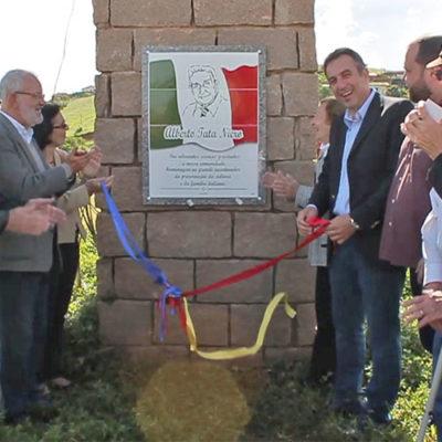 """Descerramento da placa em homenagem a Alberto """"Tata"""" Niero no Trevo do Imigrante"""