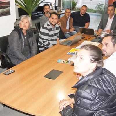Representantes da BMW e da Prefeitura de Socorro se reúnem sobre o evento que vai acontecer em setembro