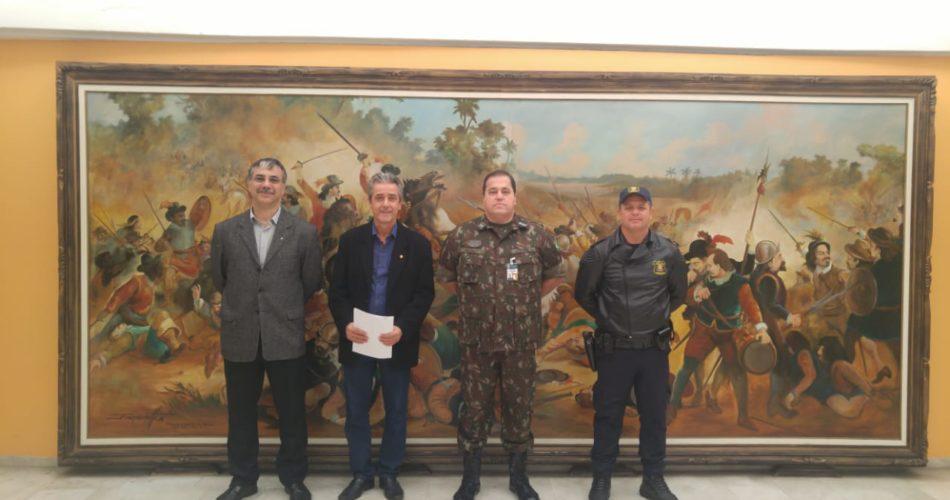 Secretário de Segurança e Defesa do Cidadão de Socorro realiza visita ao 2º Comando da Região Militar