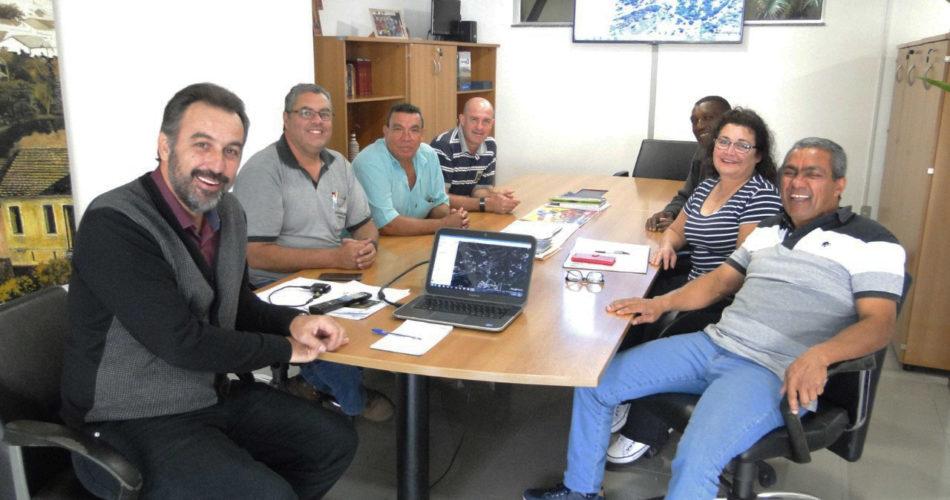 Prefeitura se reúne com a nova equipe gestora do bairro Parque das Estâncias